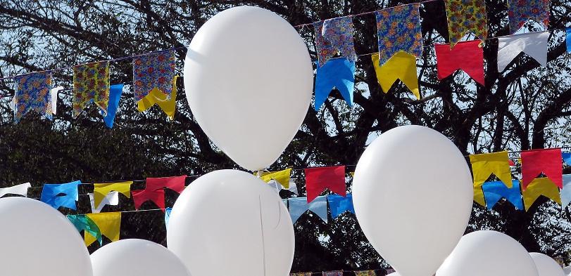 Facebook event marketing balloons